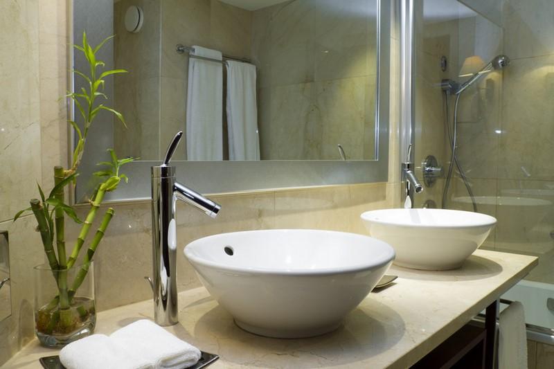 r nover sa salle de bain arnoux gaudry sasu. Black Bedroom Furniture Sets. Home Design Ideas